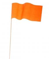 1 zwaaivlaggetje oranje