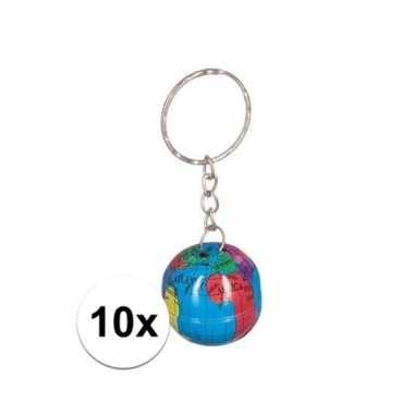 10 stuks tinnen wereldbollen sleutelhangers