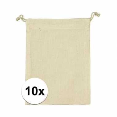 10 x voordelige beige katoenen uitdeelzakjes 10 x 14 cm