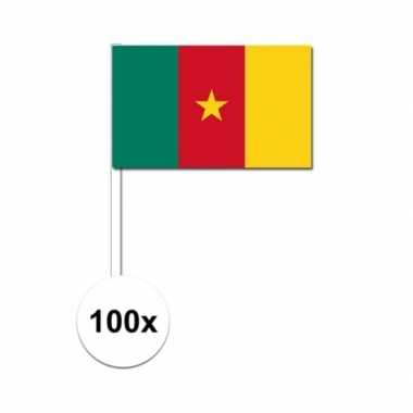 100x kameroense fan/supporter vlaggetjes op stok