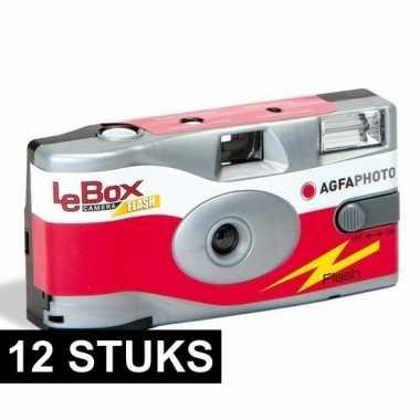 12x wegwerp cameras met 27 fotos