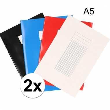2 stuks a5 schriften met ruitjes 5 mm