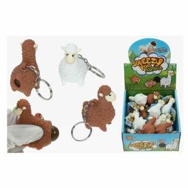 2x sleutelhangers met poepende lama/alpaca wit 9 cm