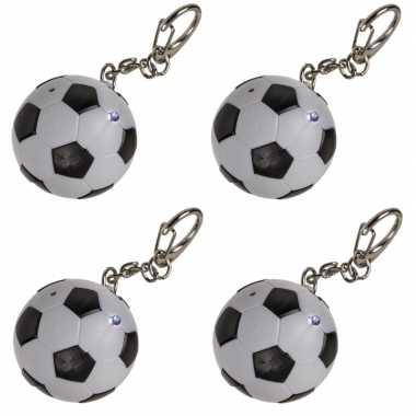 4x voetbal sleutelhangers met led-lichtje 3,5 cm