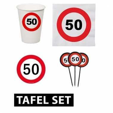 50ste verjaardag tafeldecoratie versiering pakket verkeersbord