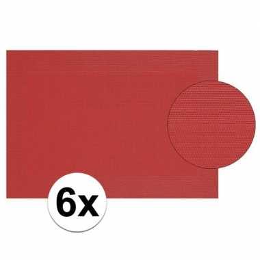 6x rood gevlochten placemat van kunststof 45 x 30 cm