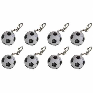 8x voetbal sleutelhangers met led-lichtje 3,5 cm