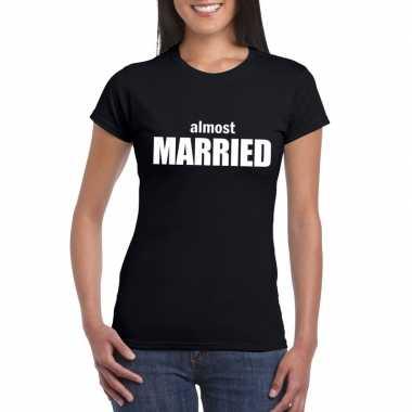 Almost married tekst t-shirt zwart dames