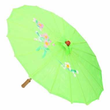 Aziatische paraplu met bloemen groot groen