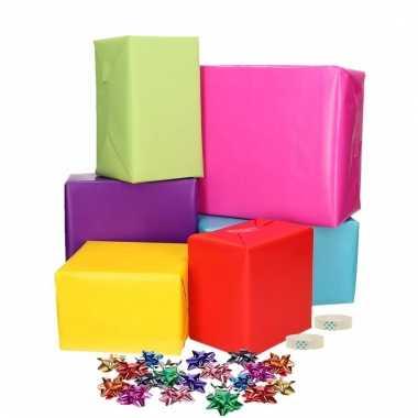 Compleet cadeaupapier pakket gekleurd m