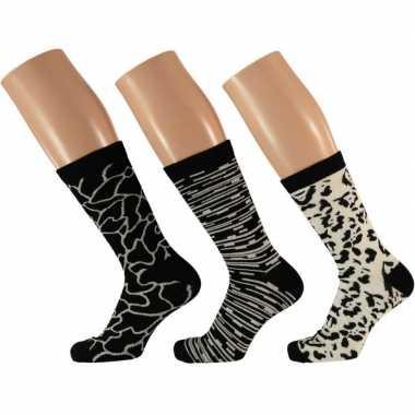 Dames sokken zwart/wit design maat 35-42 type 2