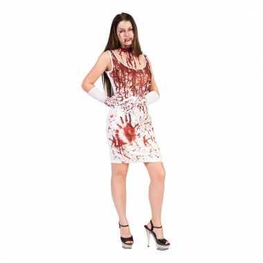 Dames witte jurk met bloedspatten