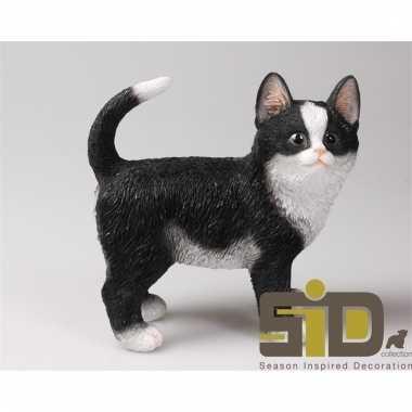 Decoratie beeld zwart/witte kat/poes staand 20 cm