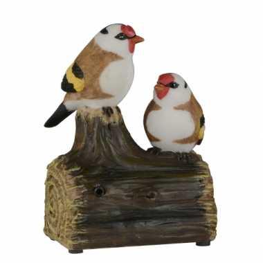 Decoratie vogel tuinbeeldje puttertjes met geluid 11 cm