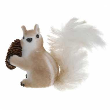 Eekhoorn beeldje van piepschuim type 2