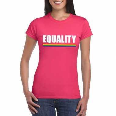 Equality shirt roze met regenboog vlag dames