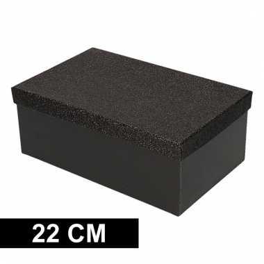 Etalage versiering zwarte cadeauverpakking doosje 22 cm