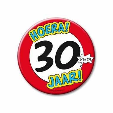 Extra grote button 30 jaar stopbord 10 cm