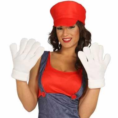 Extra grote handen voor kostuums