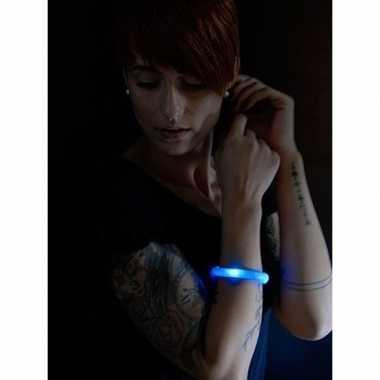 Feest/party blauwe armbanden met led lampjes voor dames/heren/volwass