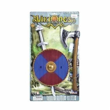 Feest viking zwaard met bijl en blauw rood schild
