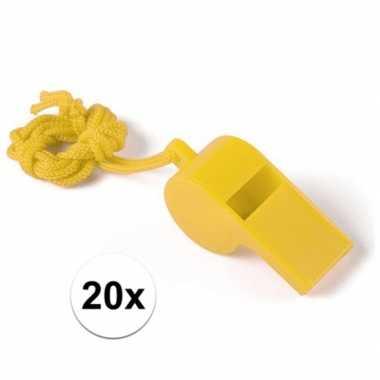 Feestartikelen plastic geel fluitje 20 stuks