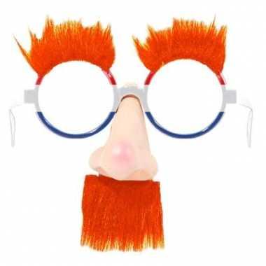 Feestbril met neus en oranje snor