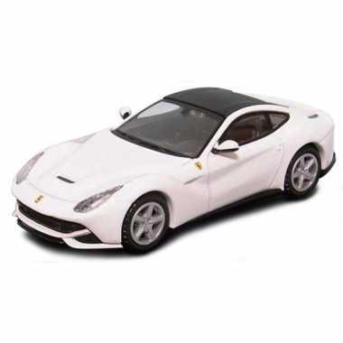 Ferrari f12 wit schaalmodel 1:64