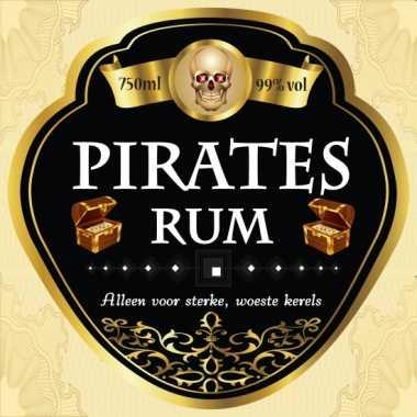 Flessen etiketten voor piraten rum
