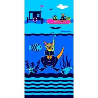Gekleurd strandlaken diving school 70 x 140 cm