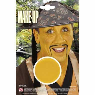 Gele make up op waterbasis