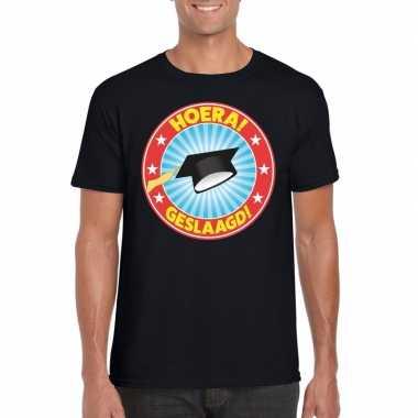 Geslaagd t-shirt met afstudeerhoedje zwart heren