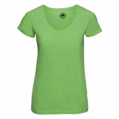 Getailleerde dames t-shirt met v-hals lime groen