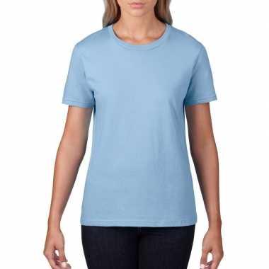Getailleerde dameskleding t-shirt met ronde hals licht blauw