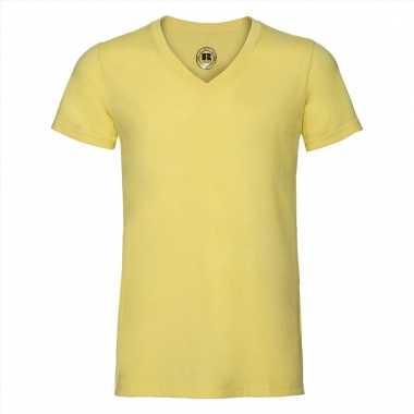 Getailleerde heren t-shirt met v-hals geel