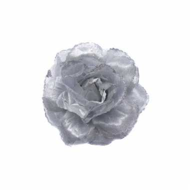 Haar accessoire zilveren bloem
