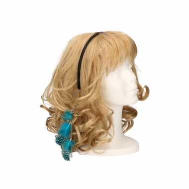 Haarband met blauwe veertjes