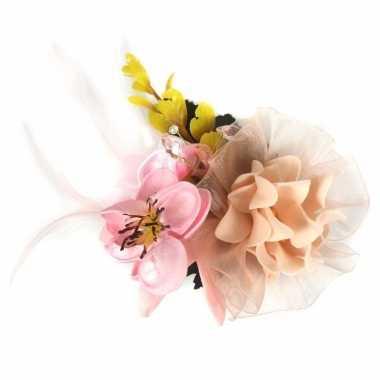 Haarbloemen met klem roze/geel
