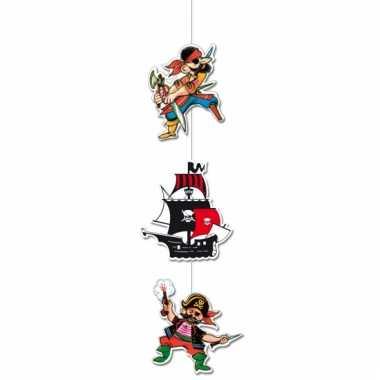 Hangende piraten slinger van karton