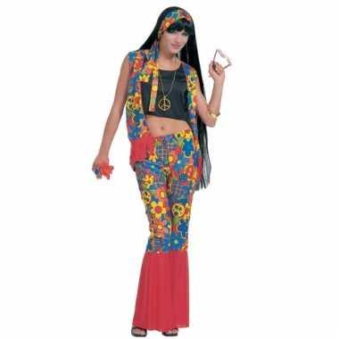 Hippie kleding met peace tekens
