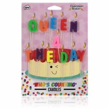 Kaarsjes voor op taart met tekst queen for the day