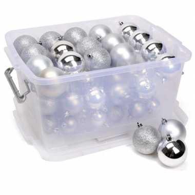 Kerstballen/kerstversiering zilver in box 70 stuks