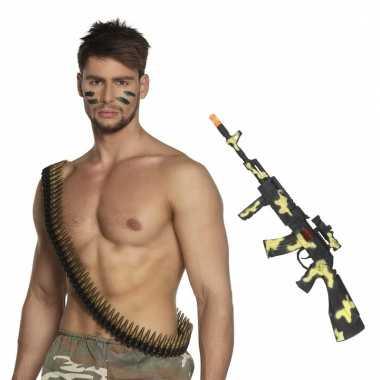 Leger verkleedsetje camouflage geweer en kogelriem