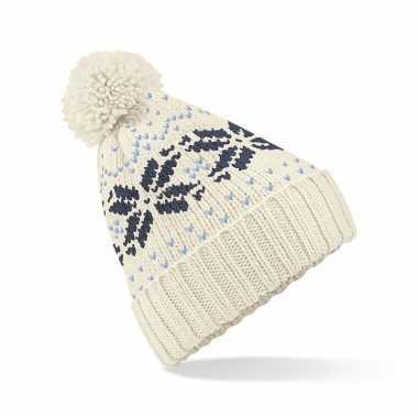 Lekker warme witte muts snowstar