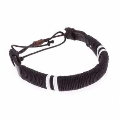 Leren raggae / hippie armbandje zwart 7 cm