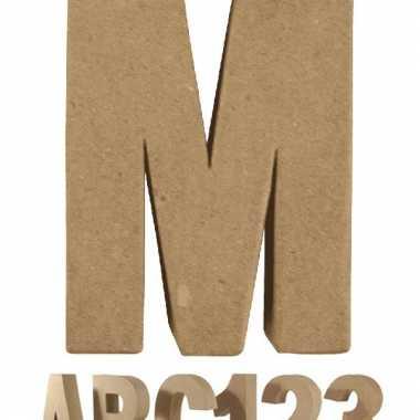Letter m van papier mache voor decoratie