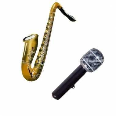 Opblaasbare muziekband set microfoon en saxofoon
