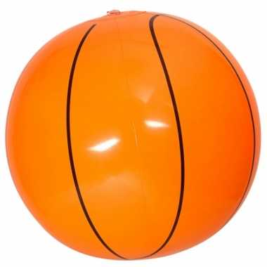 Oranje opblaas basketbal