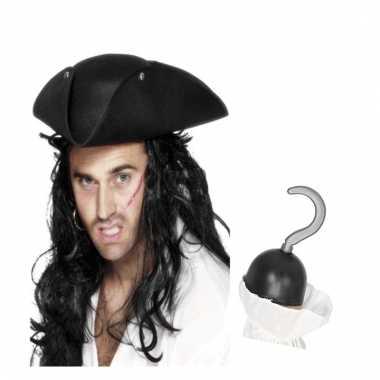 Piraat verkleedsetje driehoekige piratenhoed met piratenhaak