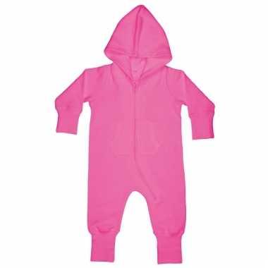 Pyjamapak voor een baby roze